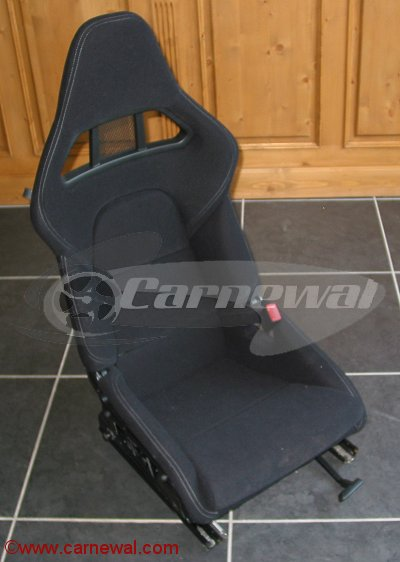 GT2 Seats in black Nomex