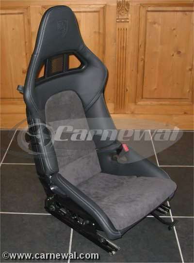 Alcantara cushions for 997GT2 seats